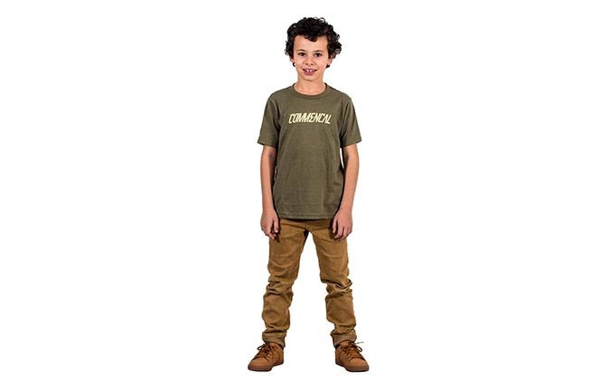 PLAYERA CORPORATE MILITARY GREEN  KID